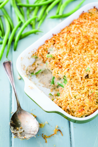green-bean-casserole-with-easy-crispy-onion-topping-bmfwnev