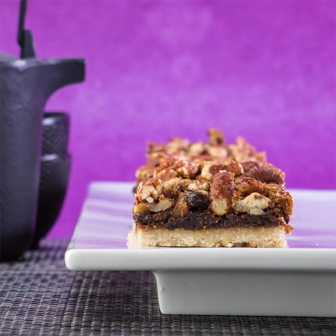 Honey Pecan Fig Shortbread Bars